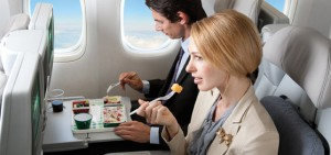 couple-eating-on-an-airplane.jpg